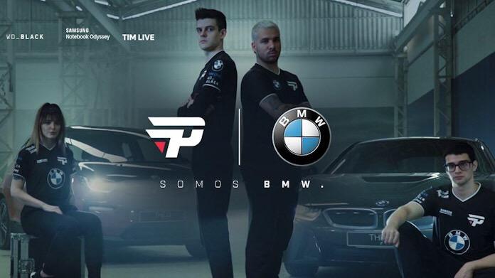 BMW mensponsori paiN tim Free Fire