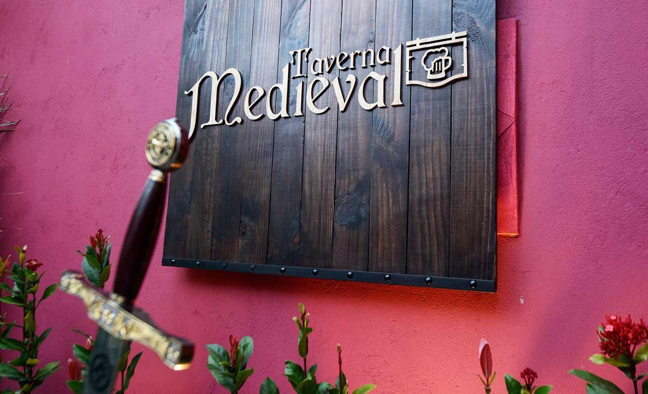 Encontro de Free Fire na Taverna Medieval